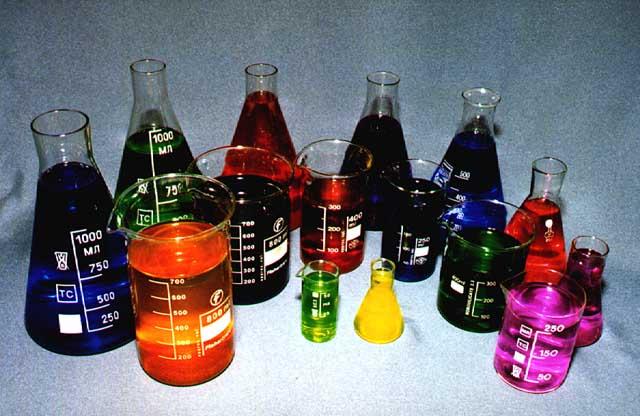 Используя химические реактивы для градуировки